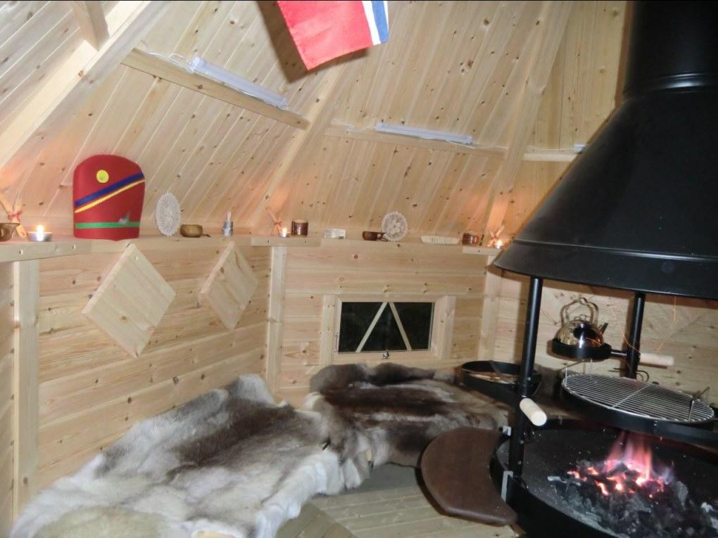 holzkohle auf dem grill. Black Bedroom Furniture Sets. Home Design Ideas